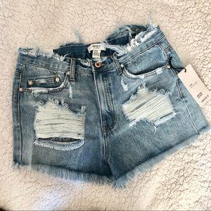 [NWT] Destroyed high waist shorts